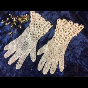 Vintage 1910 Crochet Ornate Cotton Wrist Gloves